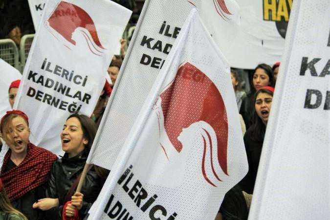 VİDEO | Kadınlar 4 Mart'ta Taksim'de