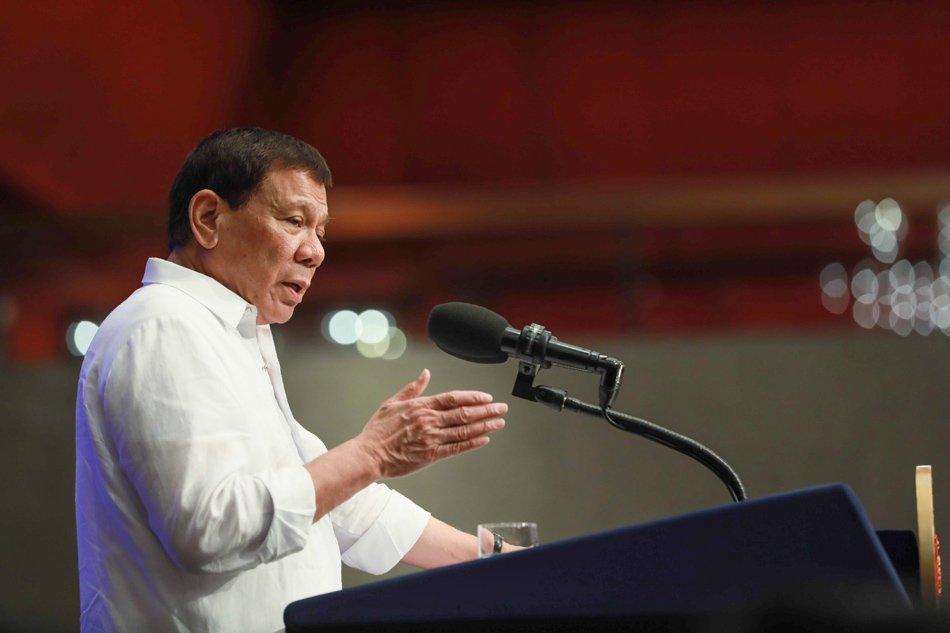 Duterte'den Tanrı çıkışı: Varlığı kanıtlanırsa istifa edeceğim