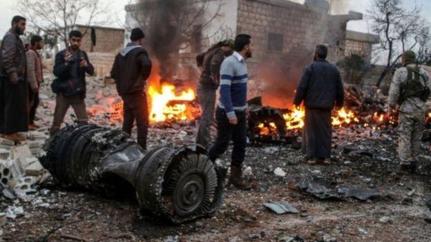 HTŞ, Suriye'deki bir örgütü Rus pilotun cesedini 'çalmakla' suçladı