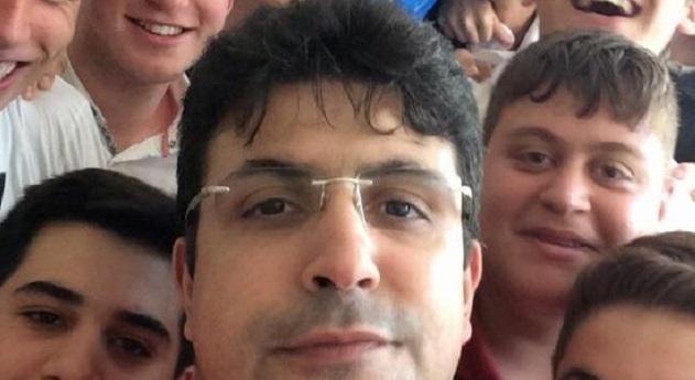 Gözaltında hayatını kaybeden öğretmen, 1,5 yıl sonra 'göreve iade' edildi!