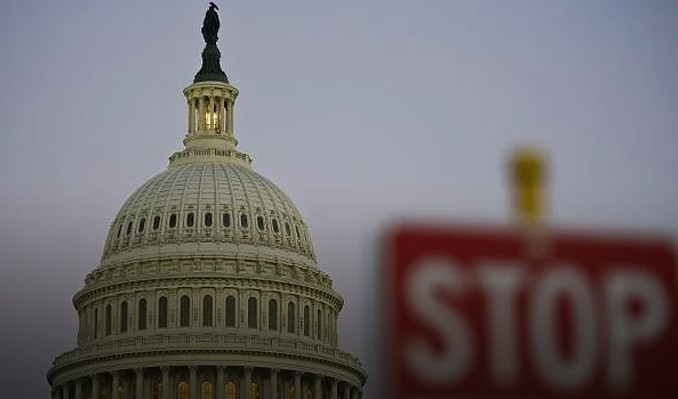 ABD hükümeti kapandı: Kamu faaliyetleri durabilir