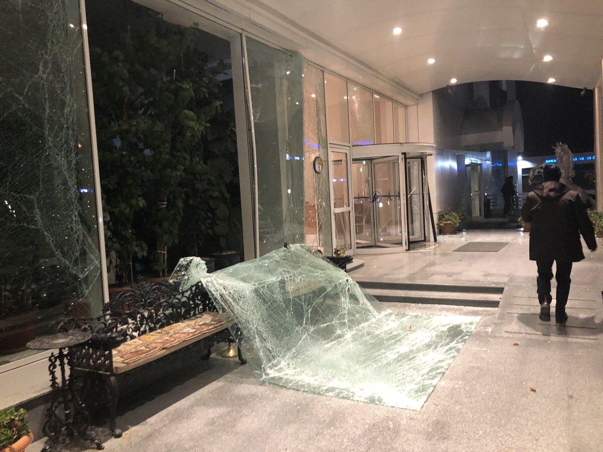 Ankara Valiliği: Vergi dairesindeki patlamada bomba düzeneği bulguları var