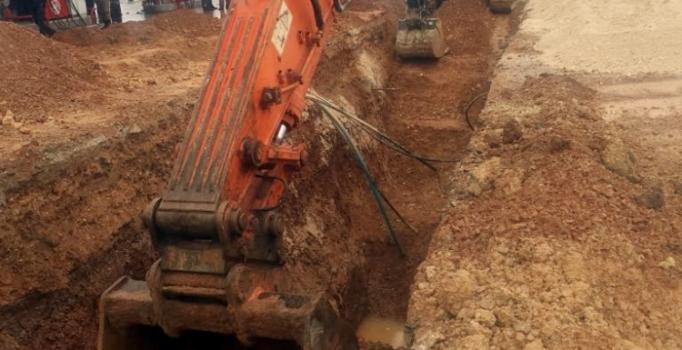 Altyapı çalışması sırasında göçük: 2 işçi ağır yaralı