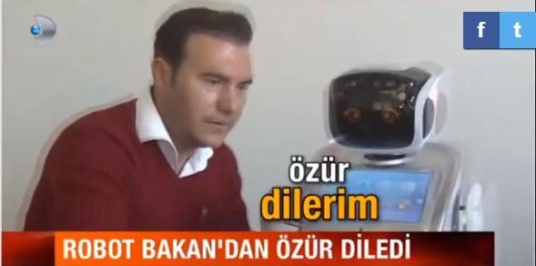 Video | Bu da oldu: Robot bakan Ahmet Arslan'dan