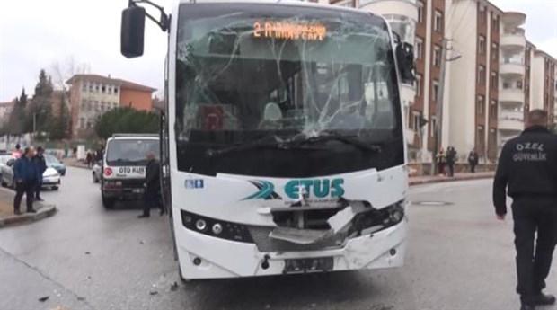 Edirne'de okul servisi kaza yaptı: 11 yaralı