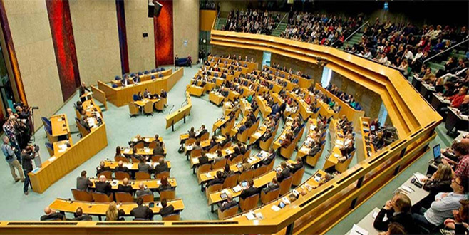 Hollanda'da parlamento,