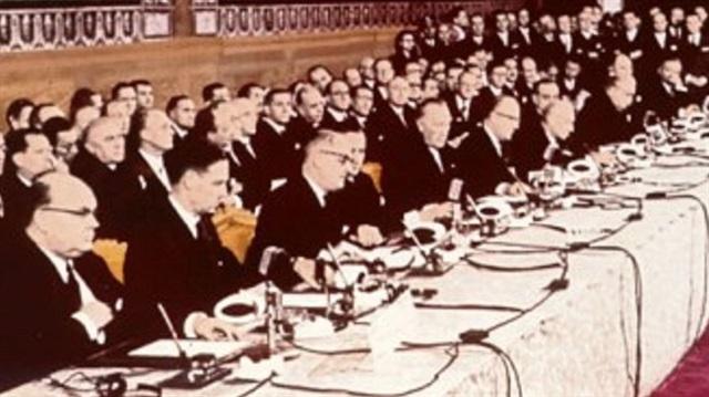 Hafıza-i Beşer   7 Şubat 1992 – Maastricht Antlaşması imzalandı