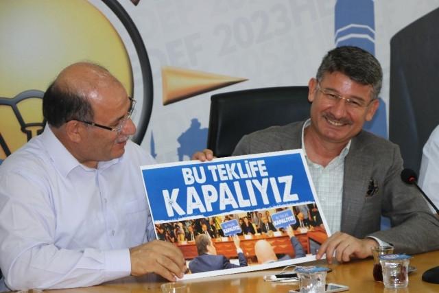 ÖZEL HABER | AKP sendikal alanı yeniden düzenliyor: Sarı sendikacılıktan yandaş sendikacılığa geçiş dönemi başladı