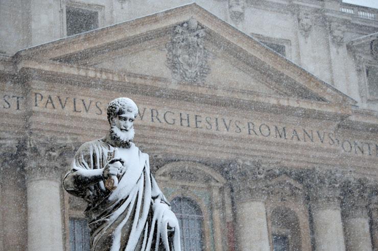 Roma'da 6 yıl sonra kar yağdı, ordu göreve çağrıldı
