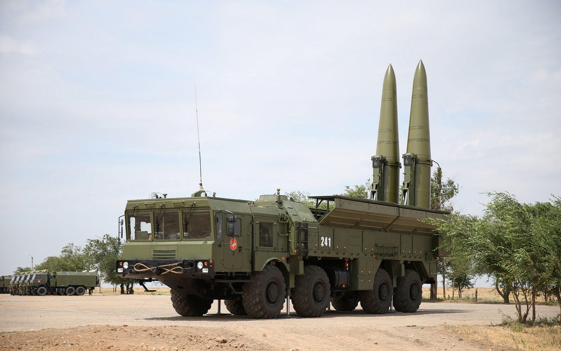 Rusya kritik noktaya nükleer füze konuşlandırdı