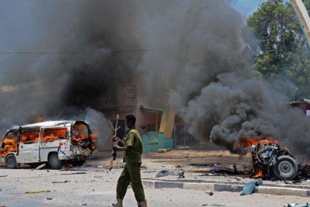 Somali'deki bombalı saldırıda ölü sayısı artıyor
