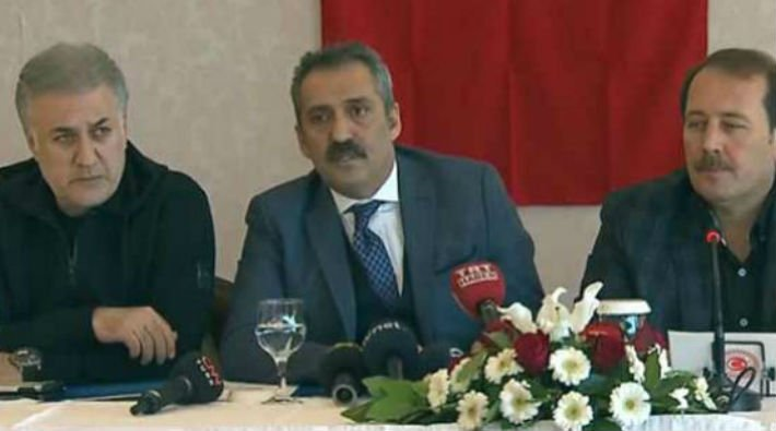 AKP'nin ünlüleri Afrin sınırında buluştu