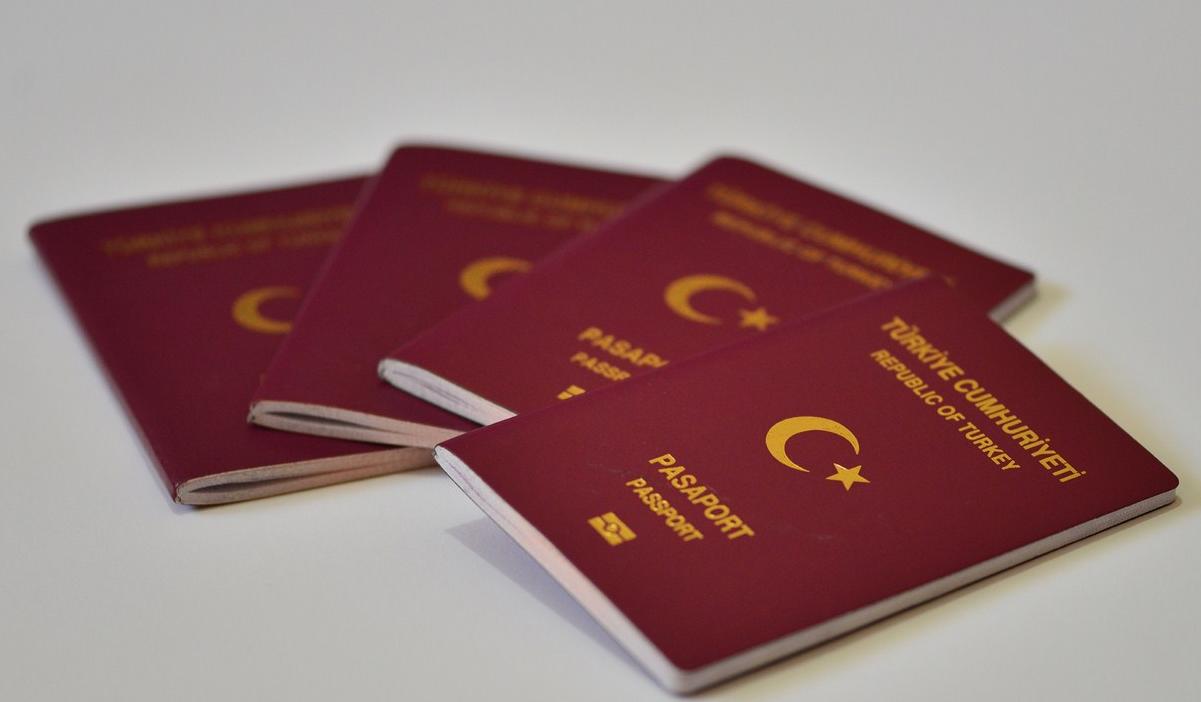 Özbekistan, aralarında Türkiye'nin de bulunduğu 7 ülke vatandaşlarına 30 günlük vize muafiyeti tanıdı