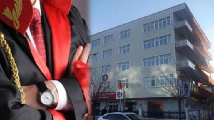 Nişanlısıyla tartışan savcı, polislerle öğrenci yurdunu bastı