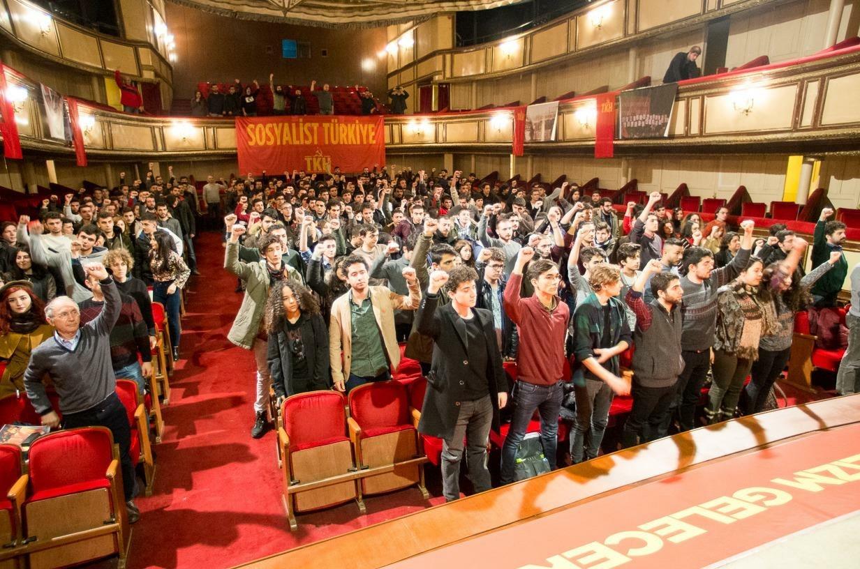 VİDEO | Komünist gençler 'Geleceksizliğe karşı mücadeleyi yükseltmek' için buluştu!