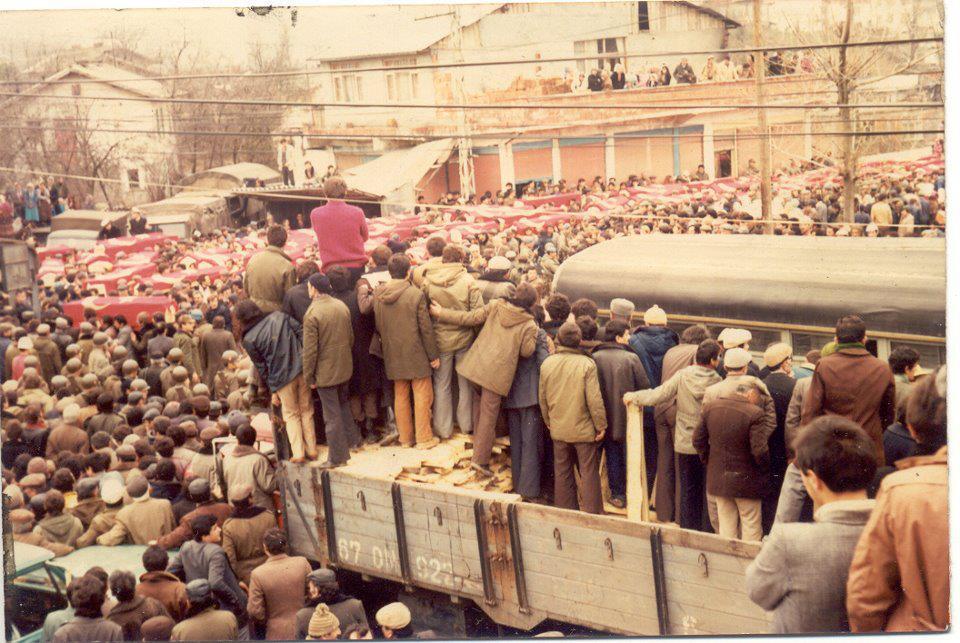 Hafıza-i Beşer | 7 Mart 1983 - Zonguldak'ta maden ocağında meydana gelen patlamada 102 kişi öldü, 86 kişi yaralandı