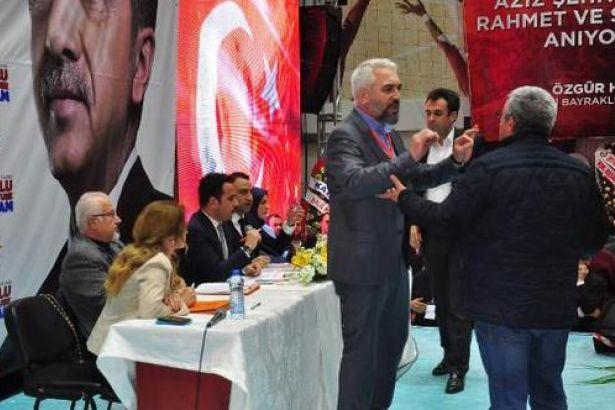 AKP kongresinde 'çift liste' kavgası: Ortalık karıştı
