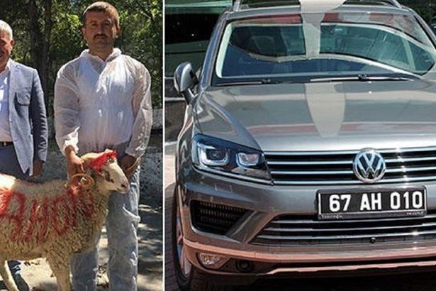 AKP'li Belediye Başkanı'nın kurban kestirdiği lüks makam aracına haciz kondu