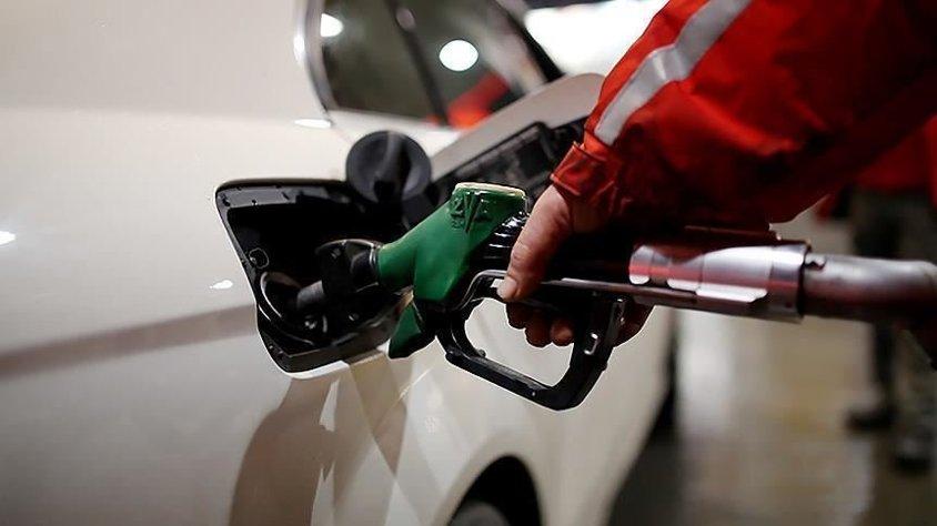 Benzin bu gece yine zamlanıyor!