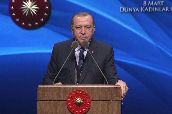 Erdoğan'ın 8 Mart ilanı:'En az 3 çocuk' dememden rahatsız olanlar millet düşmanı