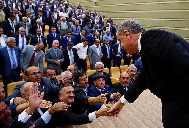Bu eksikti: Erdoğan'a'başöğretmen' ünvanı verilsin