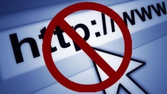 AKP kulisleriyle ilgili üç yazıya erişim engeli