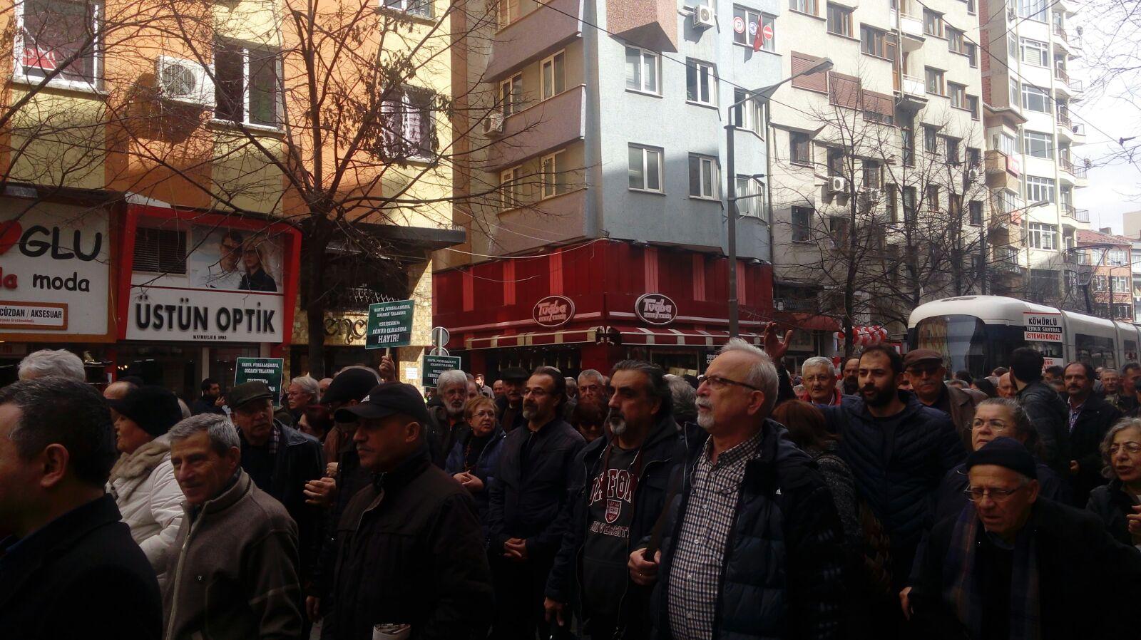 Eskişehir'de yurttaşlar termik santrali bir kez daha protesto etti