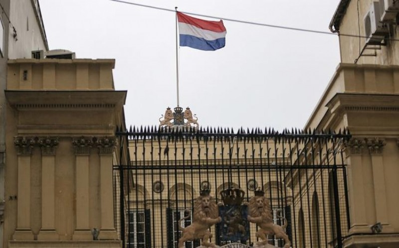 Hollanda ile 'casus' krizi