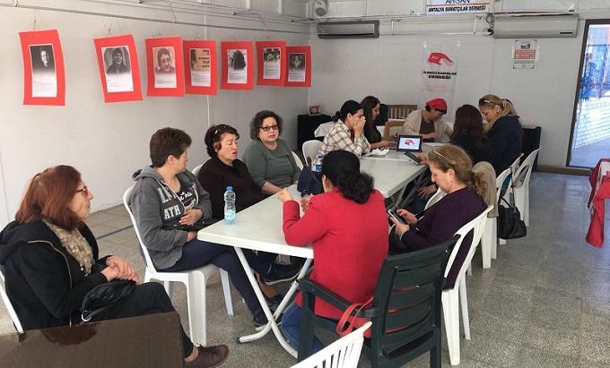Emekçi kadınlar Antalya'da 8 Mart etkinliği gerçekleştirdi