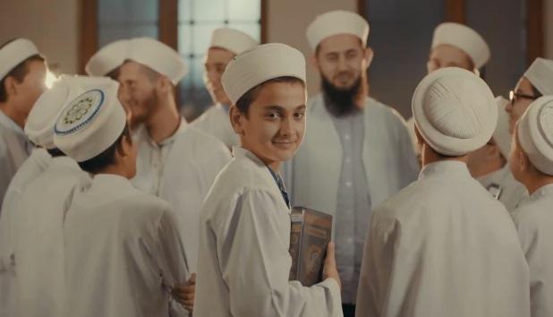 VİDEO | Laikliğin son durumu: Cemaat 'medrese' reklamı yaptı