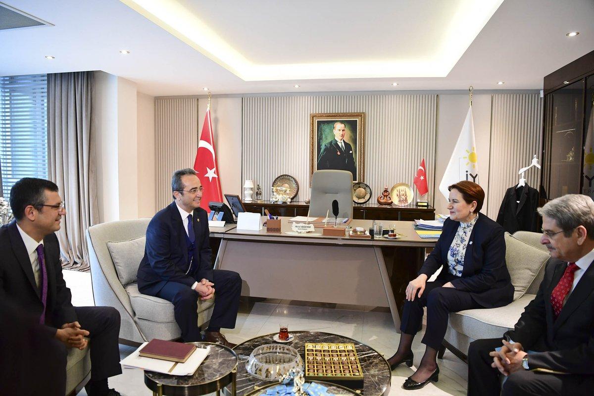 CHP'nin İttifak Komisyonu görüşmelere başladı