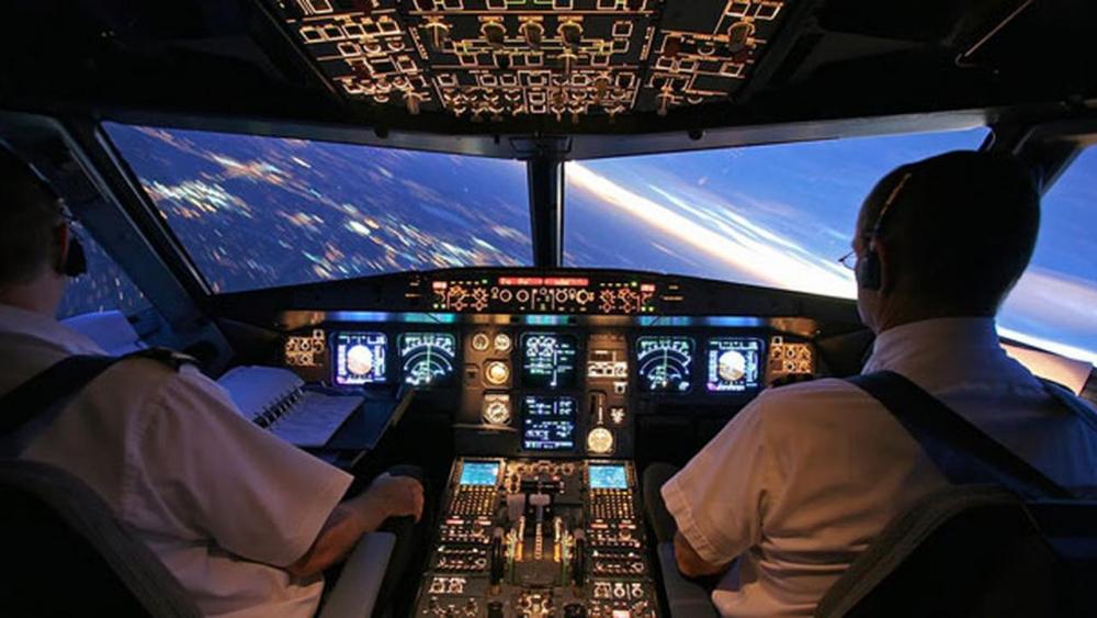 CHP'li Aydın: Havada uyuyan, bayılan pilotların olduğu söyleniyor