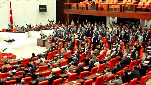 AKP'nin torba yasasından kriz hazırlığı çıktı