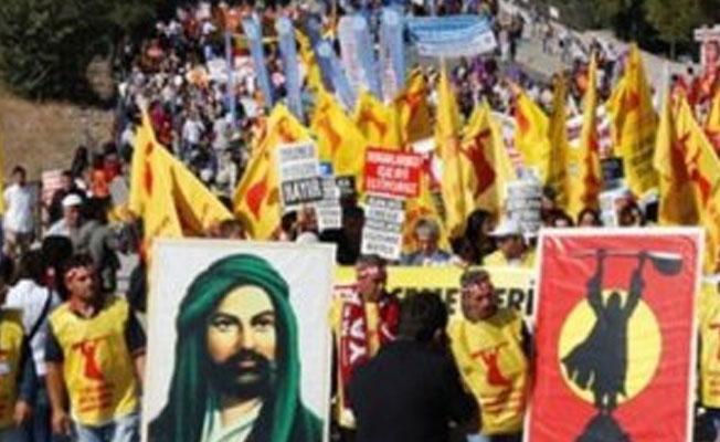 Erzincan'da Pir Sultan Abdal Kültür Derneği yöneticileri tutuklandı