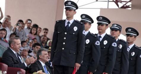Polis Koleji Sınavı usulsüzlüğü için 49 yakalama kararı