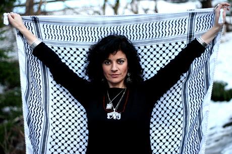 Filistin direnişinin sesi Rim Banna hayatını kaybetti