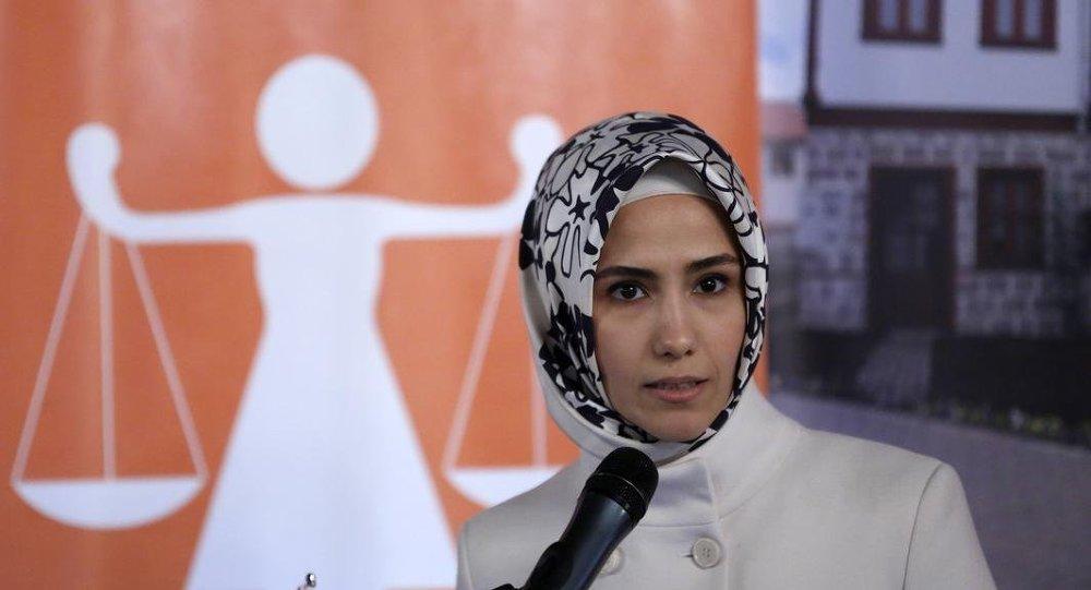 Sümeyye Erdoğan: Boşanmaya külliyen karşı değiliz