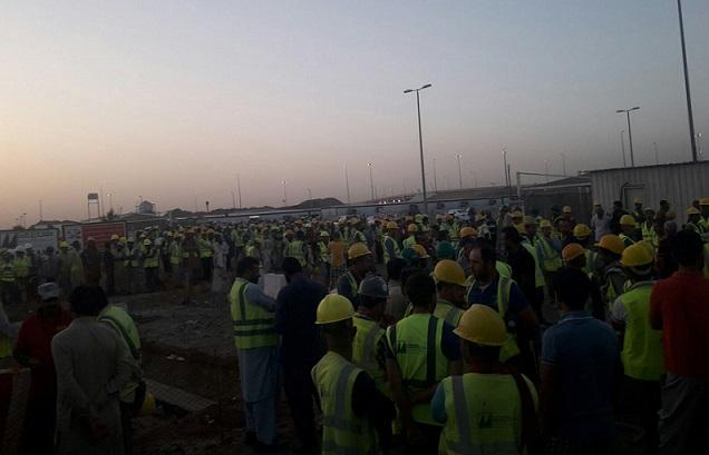 VİDEO | Suudi Arabistan'da Türkiyeli işçilerin büyük grevi ikinci gününde!
