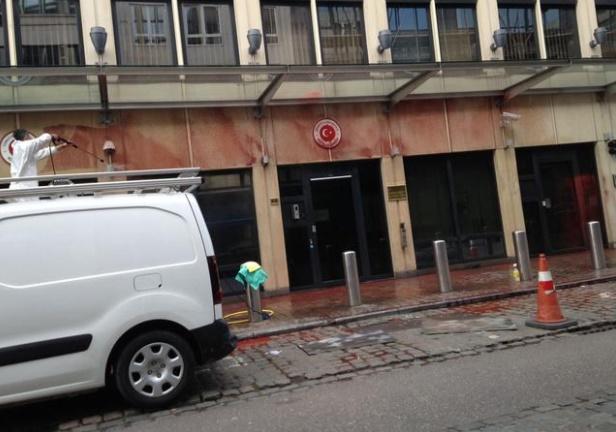 Türkiye'nin Brüksel Büyükelçiliğine saldırı