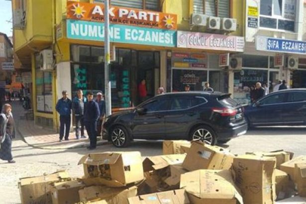 AKP binası önünde'tütün' protestosu