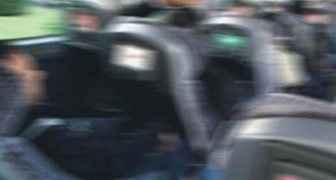 Halk otobüsünde iğrenç olay: Üniversitelileri taciz edip mastürbasyon yaptı