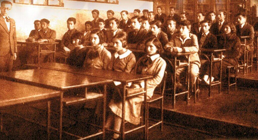 HAFIZA-İ BEŞER | 3 Mart 1924 - Tevhid-i Tedrisat Kanunu çıkarıldı