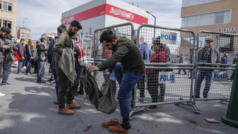 İstanbul Newrozu'nda gözaltılar var