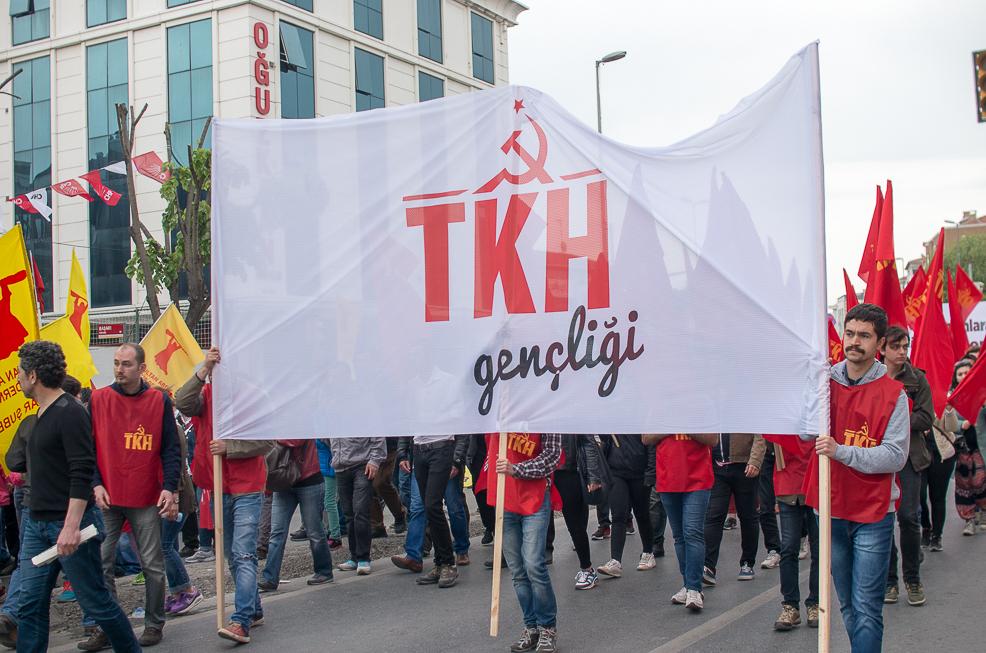 Gençler kararlı: AKP'nin bayrağı ne liselerde dalgalanabilir, ne de üniversitelerde