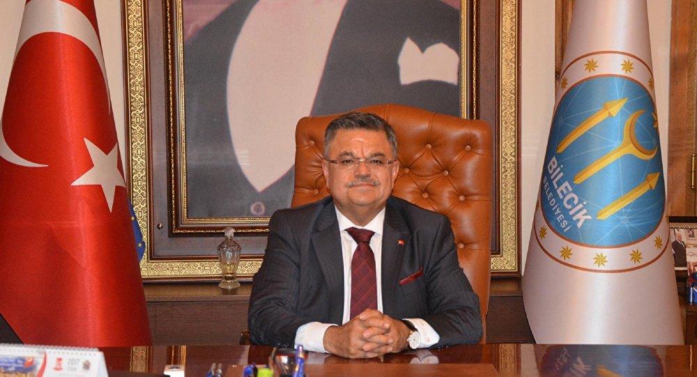 AKP'li Yağcı: Erdoğan 'Gel benim kapımda temizlikçi ol' derse yaparım