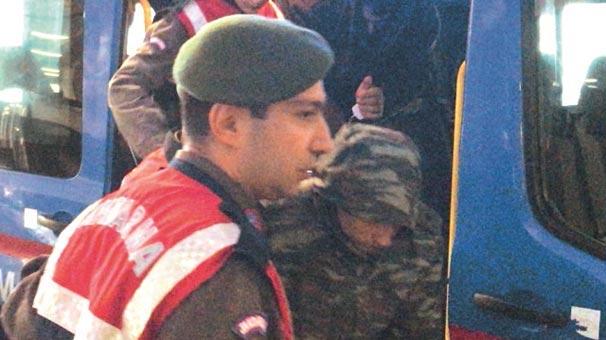 Yunanistan askerlerinin tahliye talebi reddedildi