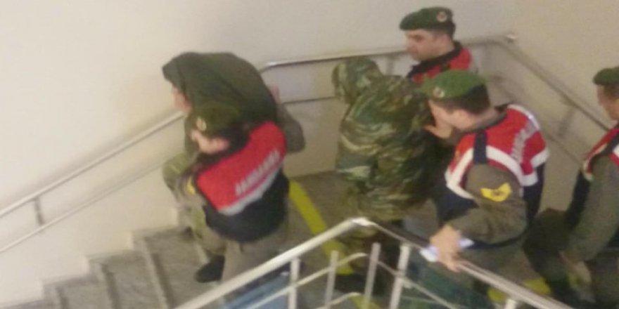 Yunanistan'dan tutuklu askerler için itiraz