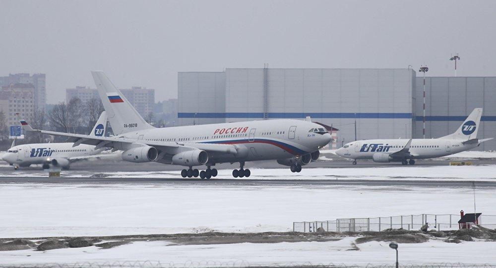 ABD'nin sınır dışı ettiği rus diplomatlar Rusya'ya ulaştı