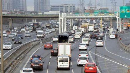 TEM'de zincirleme kaza: Trafik durdu