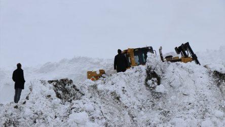 Adana'da çığ altında kalan işçinin cansız bedenine ulaşıldı
